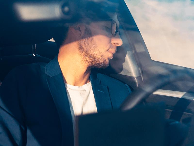 un-detector-de-sueno-para-conductores-previene-accidentes